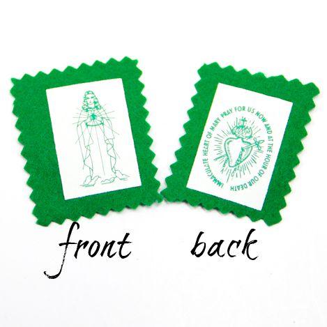 100 Green Scapular Single Badge with Booklet - Bulk